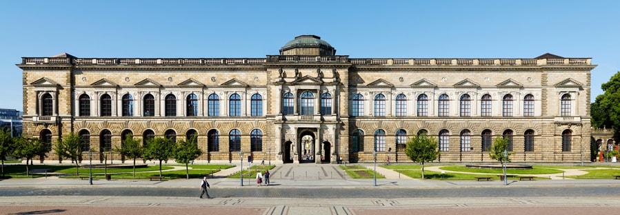 Antikglas für die Fenstersanierung des Zwingers in Dresden